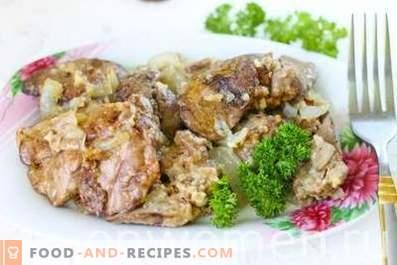 Stekt kycklinglever med lök