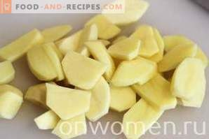 Potatoes with cheese in the oven