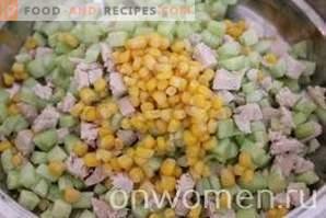 Okroshka on kvass with chicken