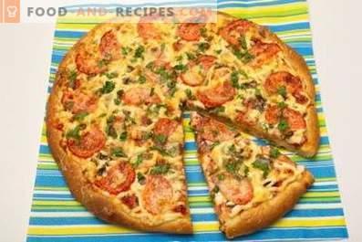 Пица с колбаси, гъби, сирене и домати