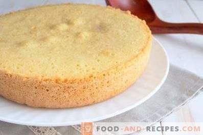 Biscotto per torta in pentola a cottura lenta